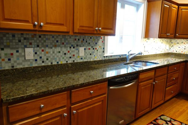 Style South Beach Glass Tile Kitchen Backsplash Medium