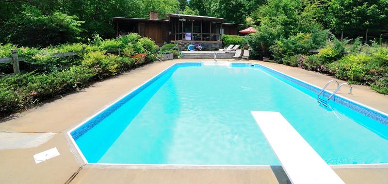 swimming pool diving board maintenance
