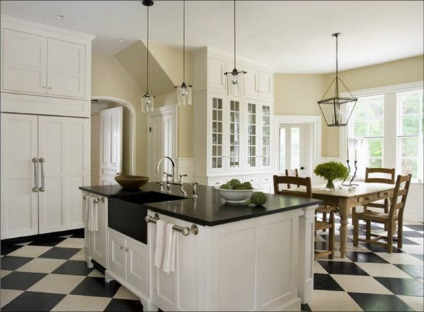 Top Kitchenblack And White Floor Tiles   Amore Linguine And Me Medium