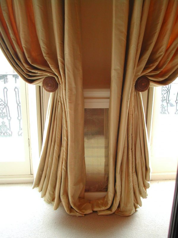 We Share French Drapery Holdbacks Google Searchdraperies Ties Medium