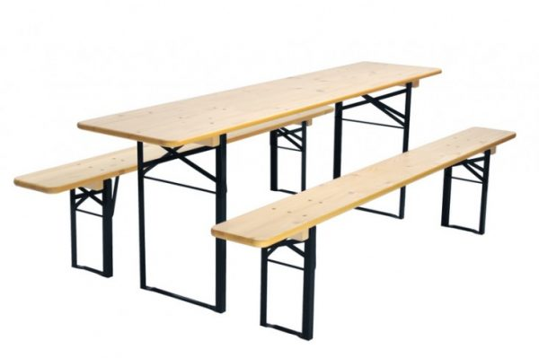 We Share The Gardenista 100 Biergarten Tables Gardenista Medium