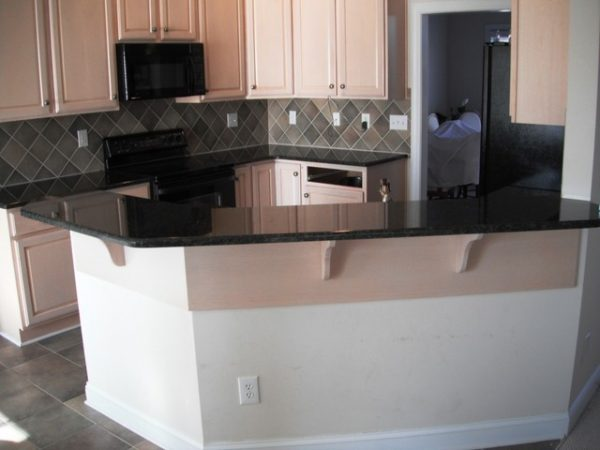 We Share Uba Tuba Granite Goes Great With White Cabinets Medium