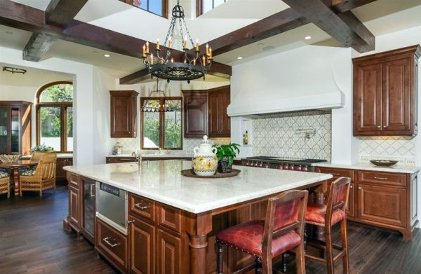 29 Elegant Tuscan Kitchen Ideas Decor Designs Medium