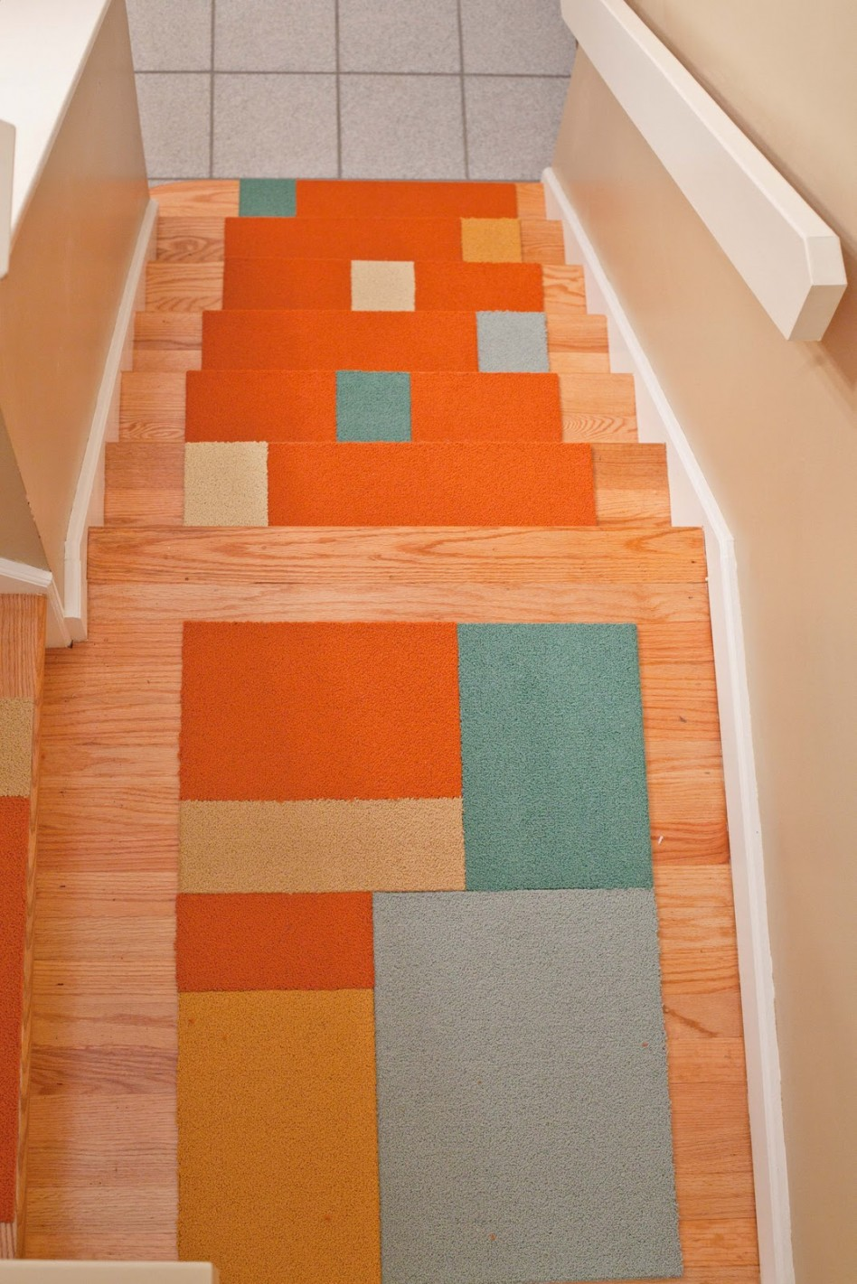 example of a interior interactive staircase design ideas using white
