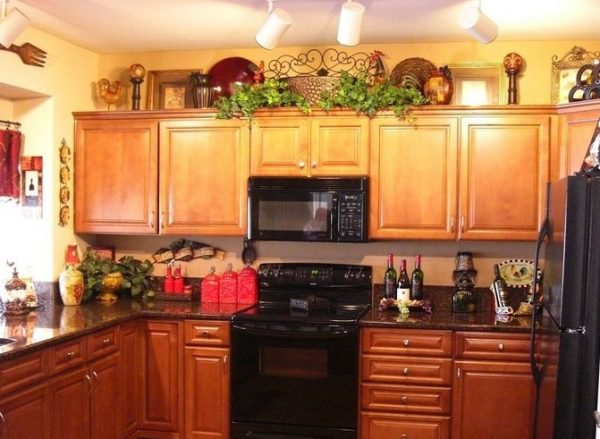 Wine Themed Kitchen Cabinet Ideas Decolovernet Medium