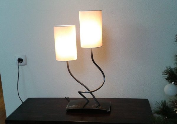 Simply Wrought Iron Table Lamp Bedside Bedroom Desk Lamp Lighting Medium