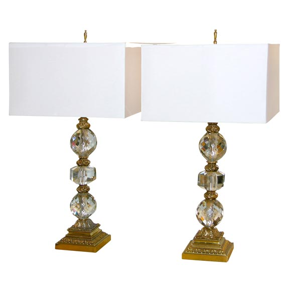 Style Pair Of Table Lamps In Brass With Faceted Crystal Spheres Medium