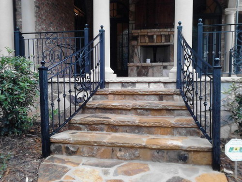 Best Decorative Outdoor Handrails To Add The Beauty Of The Medium