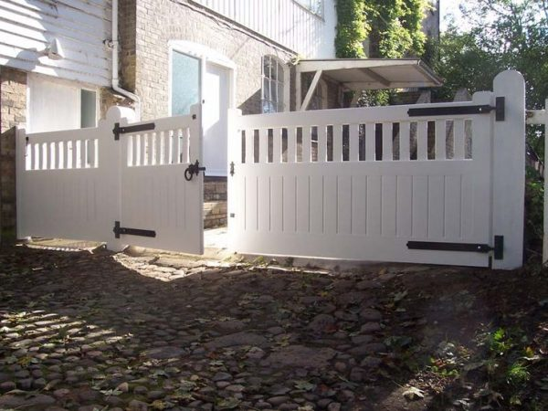 example of a building a driveway gate for a wood fence woodworking medium