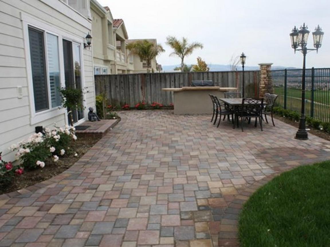 get backyard patio pavers back yard concrete patio pavers
