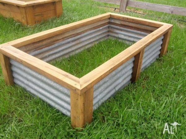 Perfect Raised Vegetable Garden Bed Planter Box Recycled Materials Medium