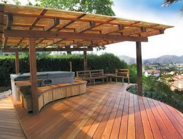 Style Shipping Pallet Backyard Deck Pallet Idea Medium