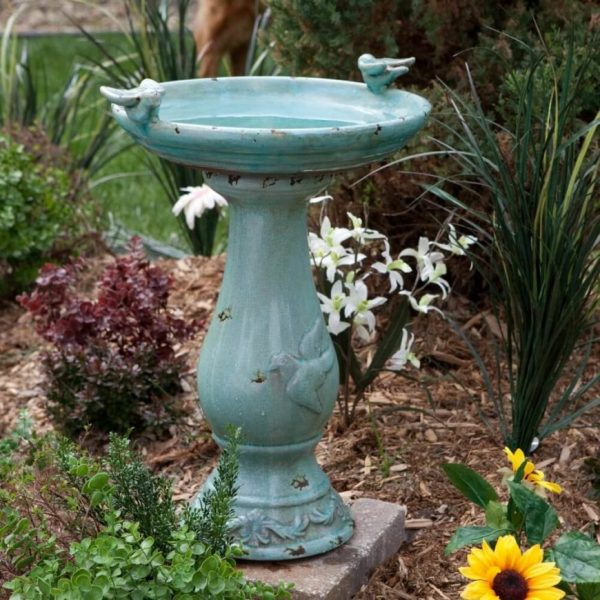 We Share 46 Splashy Bird Baths Medium