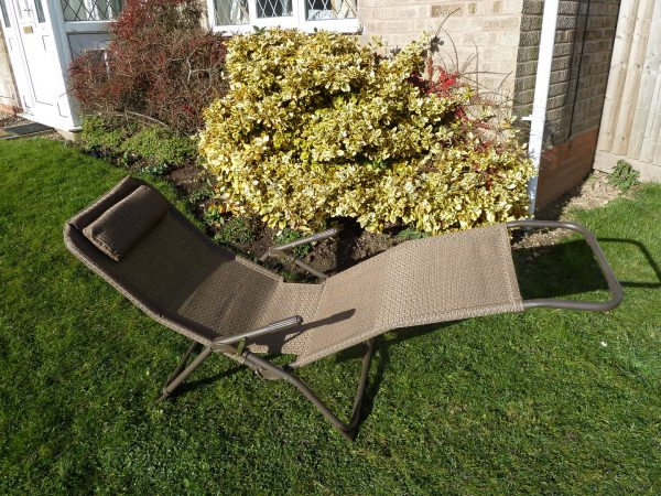 Bore Brown Garden Sun Lounger Chair Weatherproof Textoline Medium