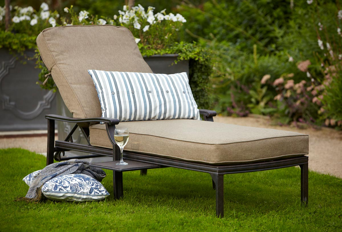 innovative relax in the comfortable garden lounger and enjoy your