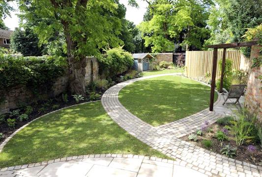 best creative ideas for a long narrow garden design