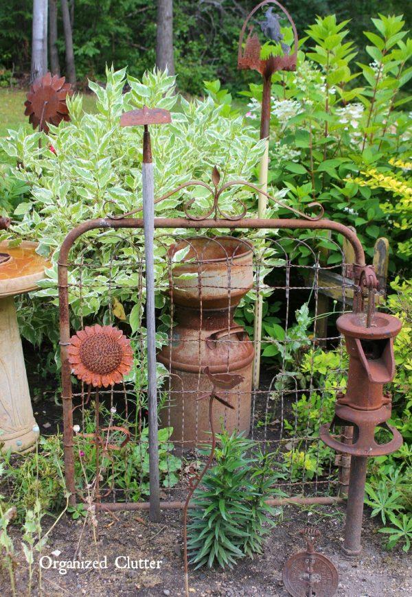 Best Danas Fun Outdoor Junk Decor   Gardensorganized Clutter Medium