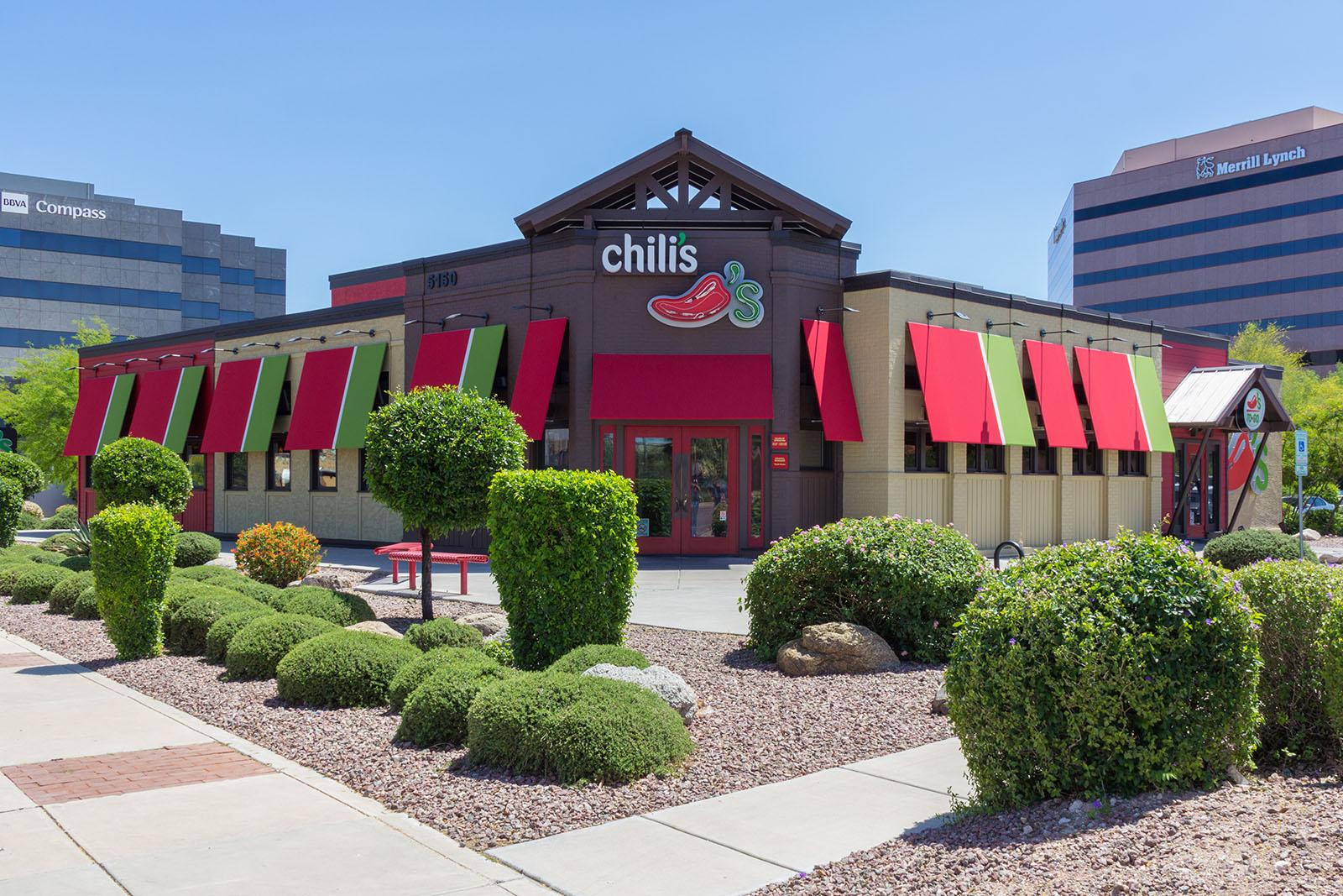 best restaurant landscape maintenance landtamers