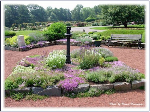 Bore Backyard Memorial Garden Ideasoutdoor Furniture Design Medium