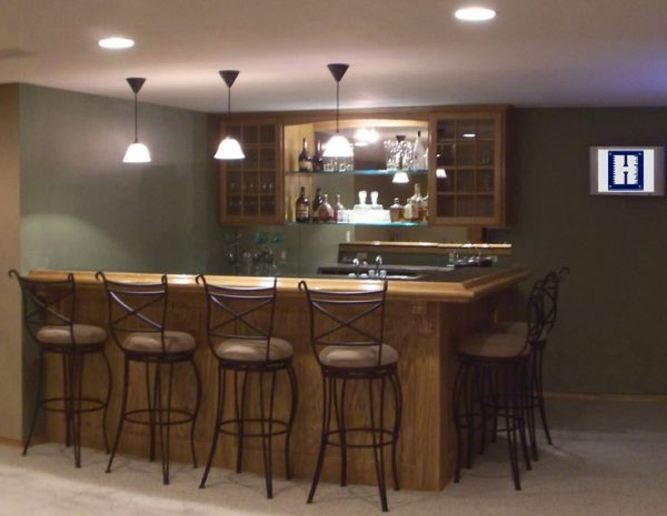 Browse 25  Best Ideas About Small Basement Bars On Medium