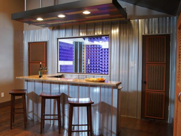 Browse Spice Up Your Basement Bar 17 Ideas For A Beautiful Bar Space Medium