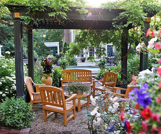 Clever Small Garden Ideasbetter Homes   Gardens Medium