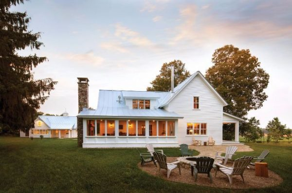 Collection 17 Best Ideas About White Farmhouse Exterior On Medium