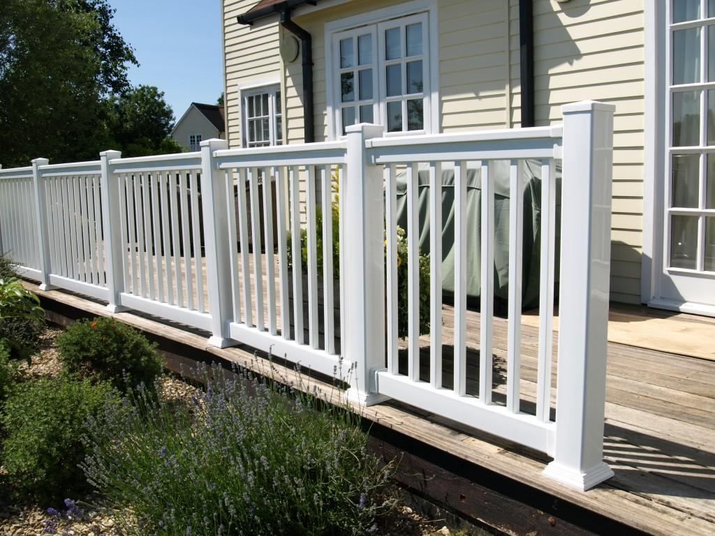 collection upvc plastic garden fencingfensys west midlandds uk