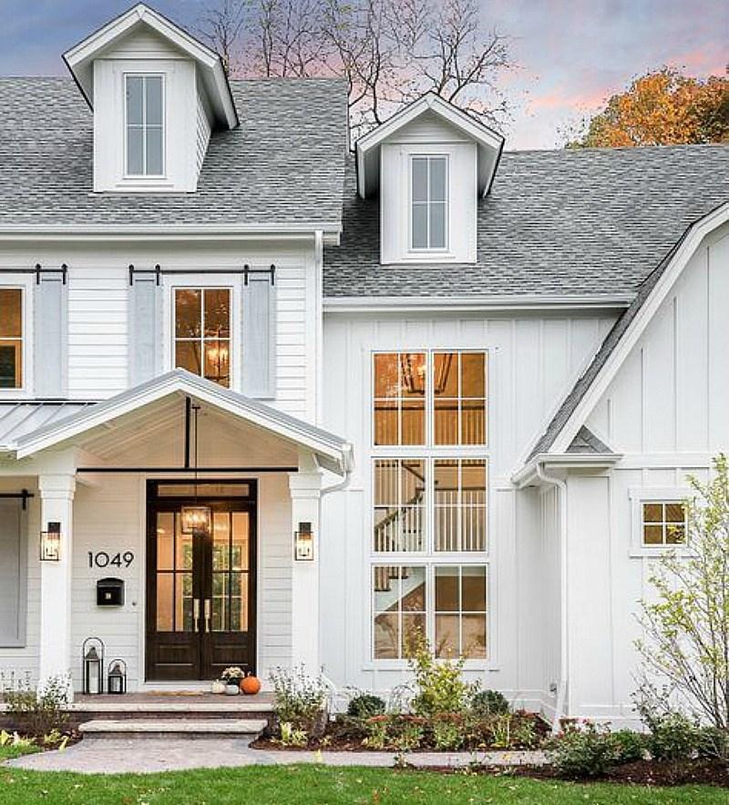 example of a key characteristics of modern farmhouse homes