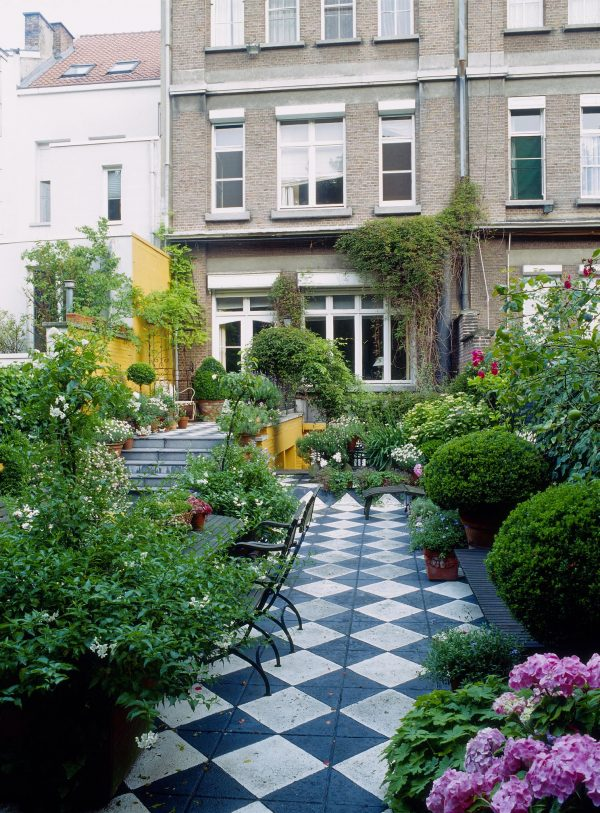 Example Of A Long Narrow Garden Design Ideas Garden Shape Ideas Medium