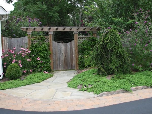 Explore Front Yard Fence Ideas Landscaping Network Medium