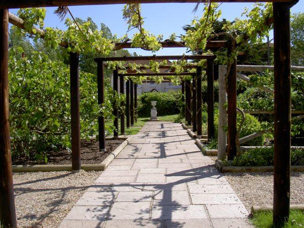 Inspiration Gardens In Time The Ancient Garden Affair Historic Medium