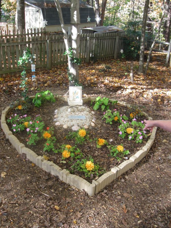 Inspiration Memory Garden Designdiana Digs Dirt Medium