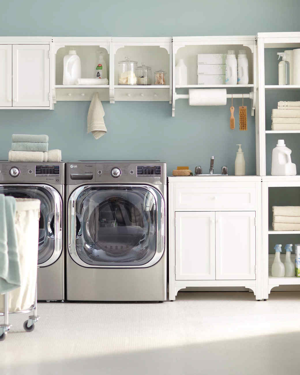 looking 12 essential laundry room organizing tipsmartha stewart
