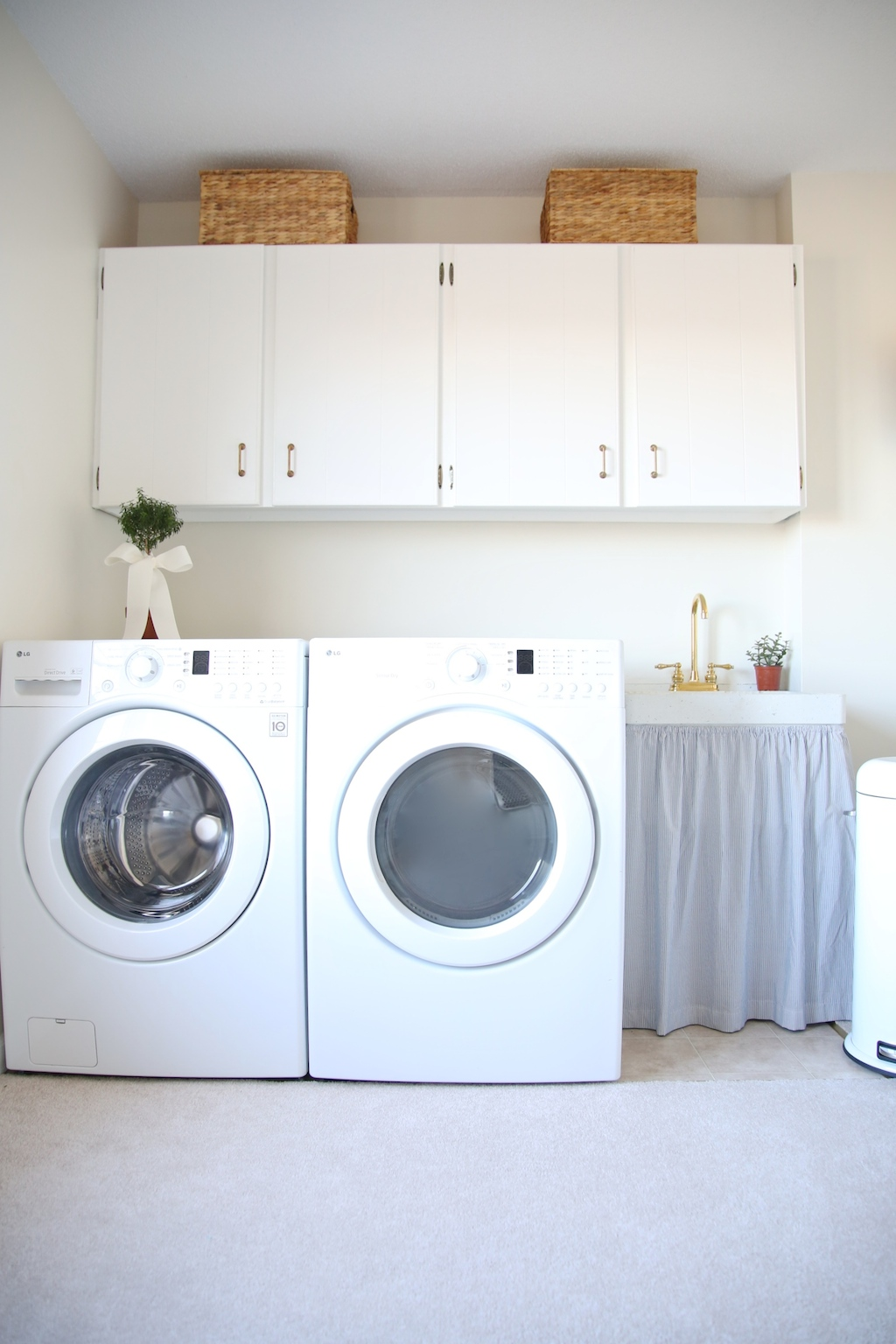 looking 25 small laundry room ideas