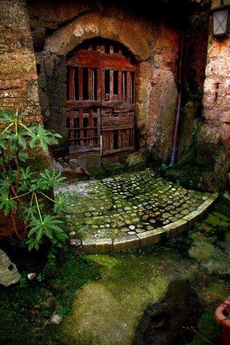 Looking Ancient Garden Door Calcata Italybeautiful Doors Medium