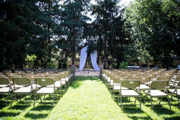 Our Favorite A Real Backyard Wedding Ceremony And Reception Home For Medium