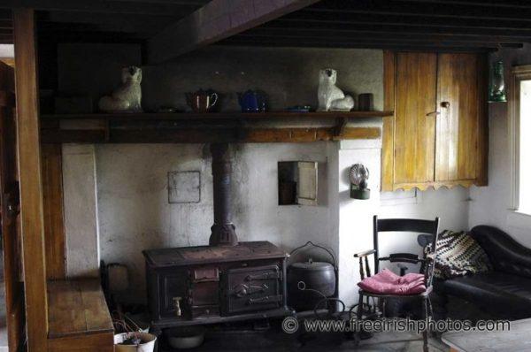 Perfect 22 Best Interiors Of Old Irish Cottages Images On Medium
