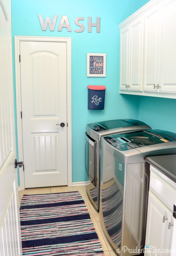 Popular 25 Small Laundry Room Ideas Medium