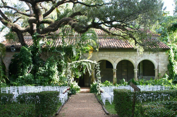 Top 6 Outdoor Wedding Venues In Florida The Celebration Society Medium