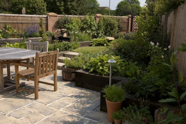 We Share Garden Designer In St Albans Herts 01707 707557 Local Medium