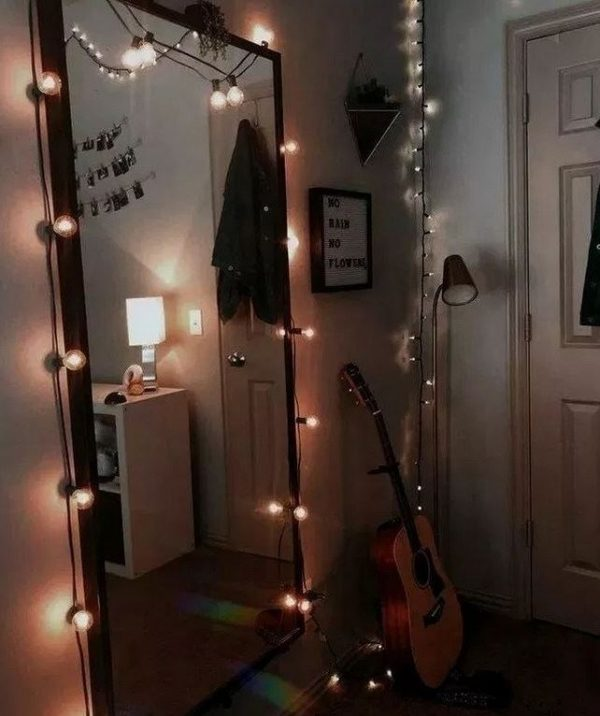 Beautifull Holiday Beddroom Decorating Ideas With Lights Ad9 Medium