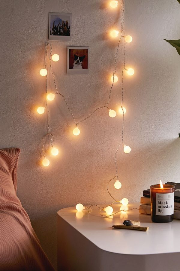BedroomStringLights26 Medium
