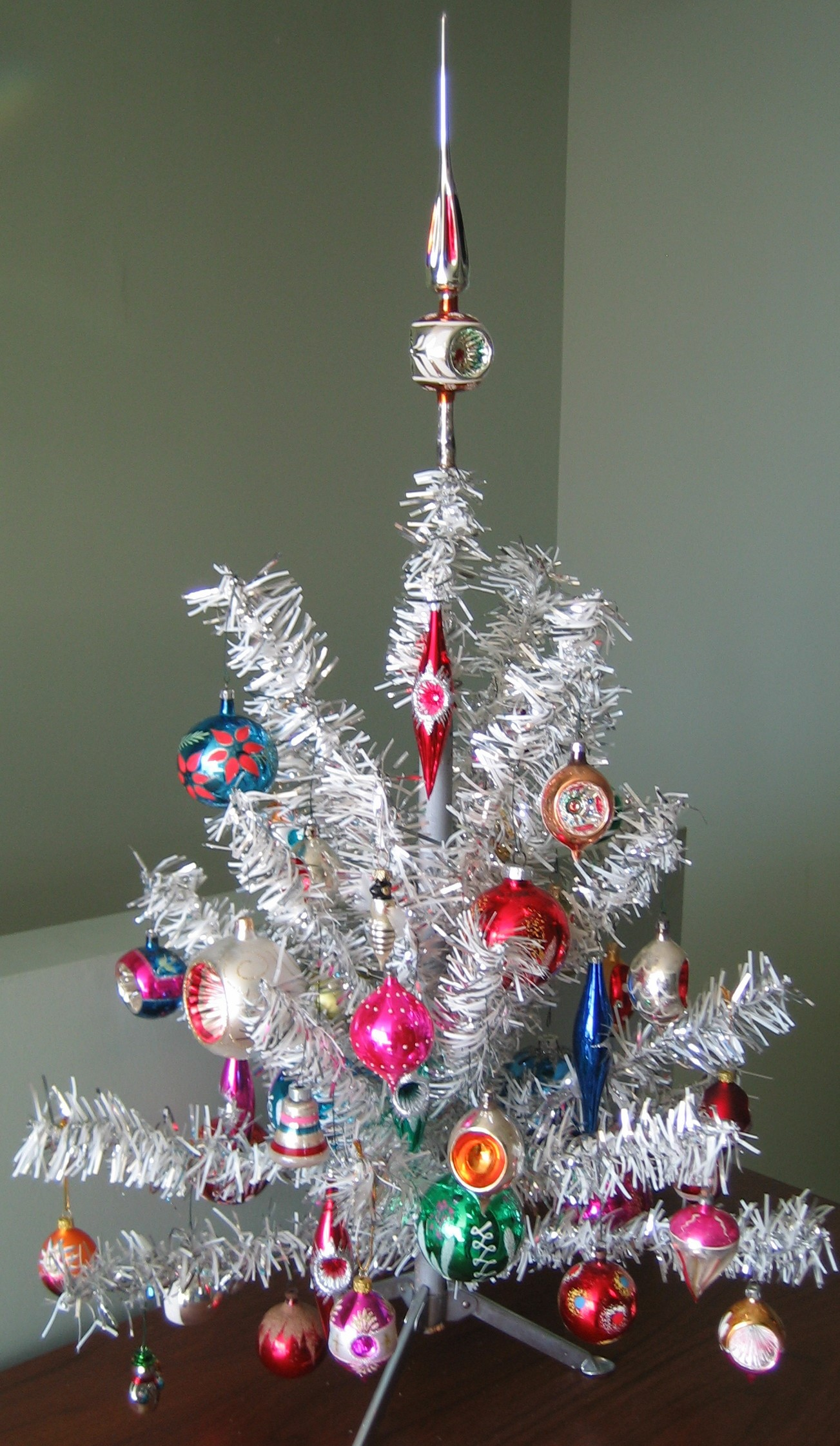 decorated christmas trees 10