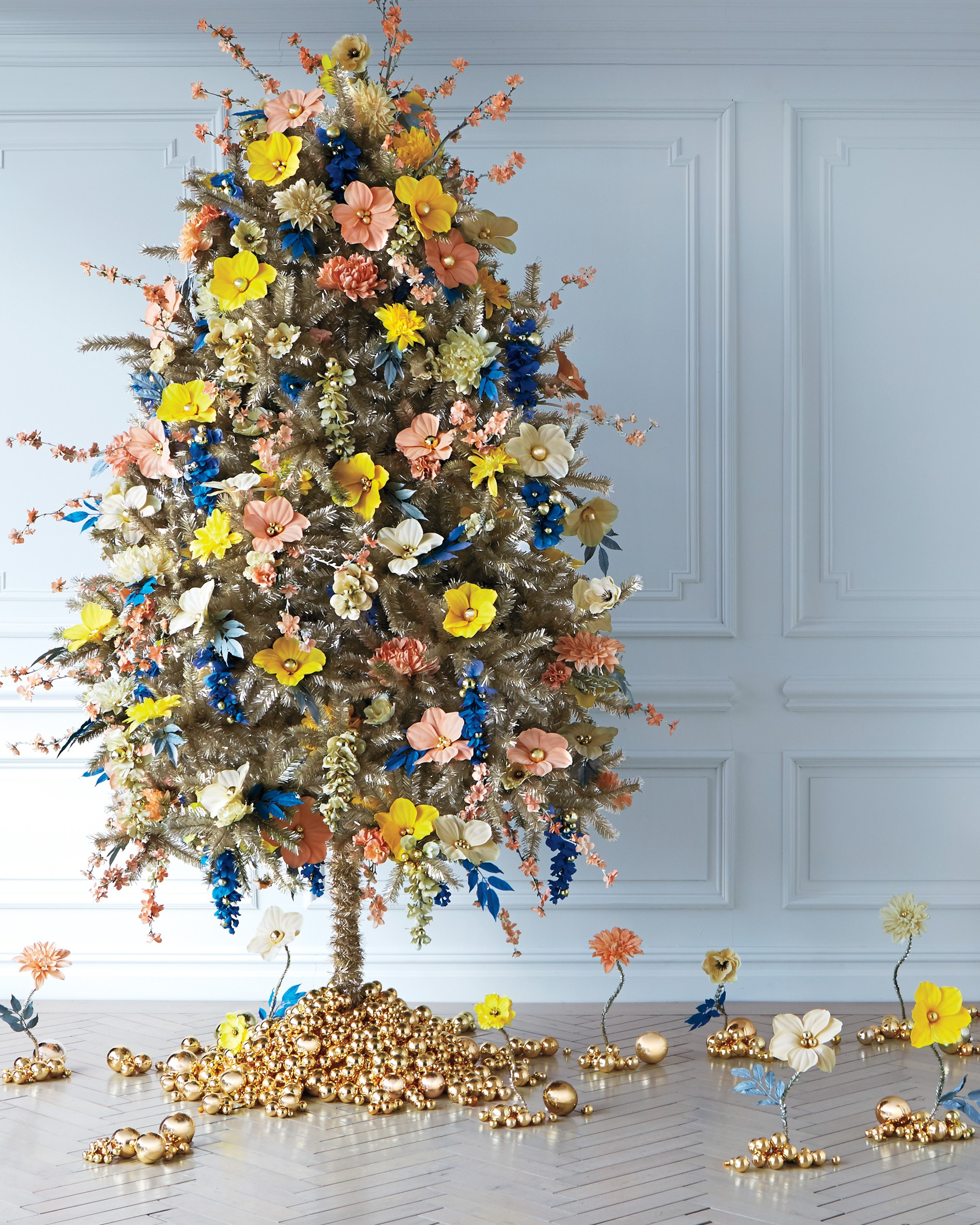 decorated christmas trees 11