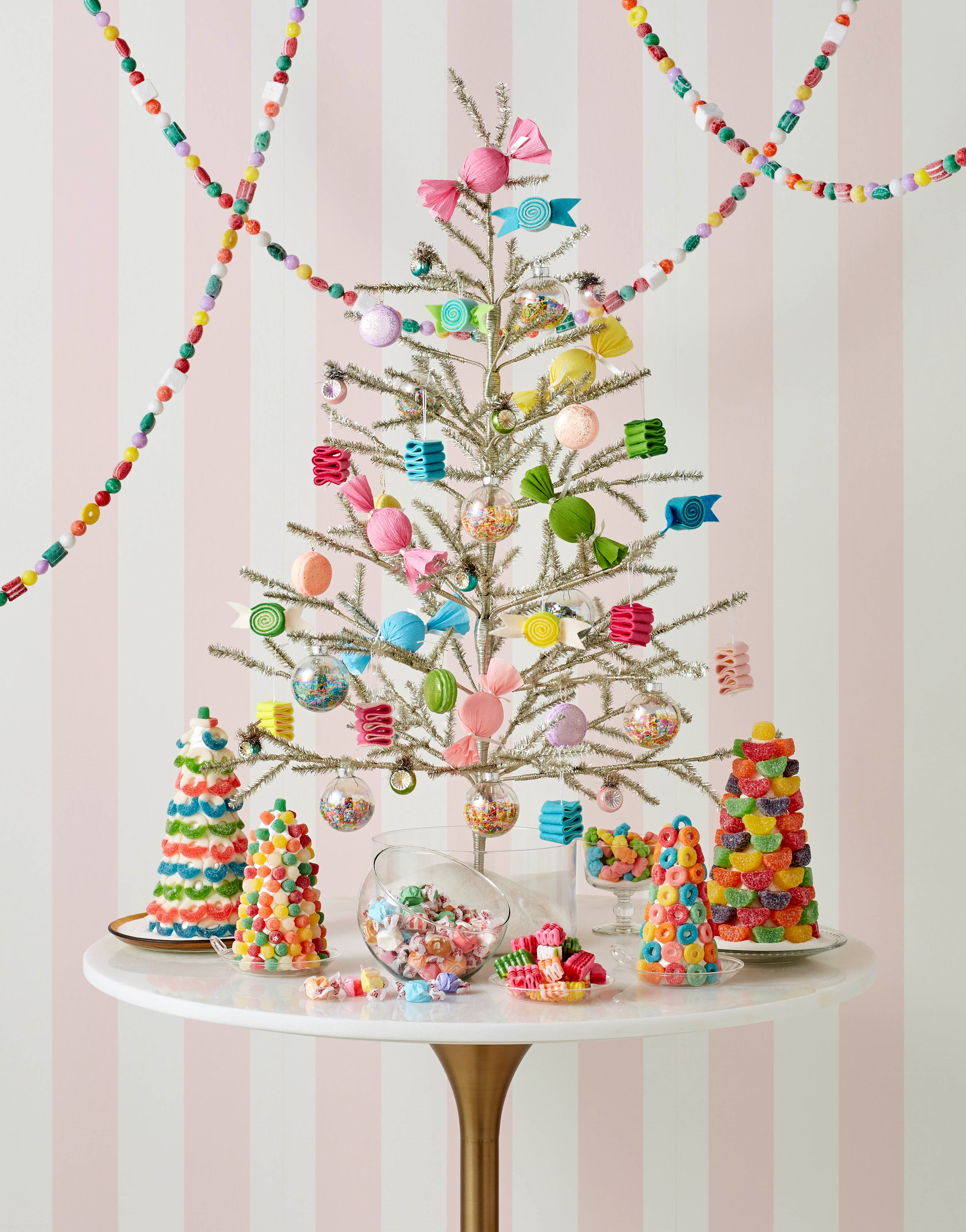 decorated christmas trees 14