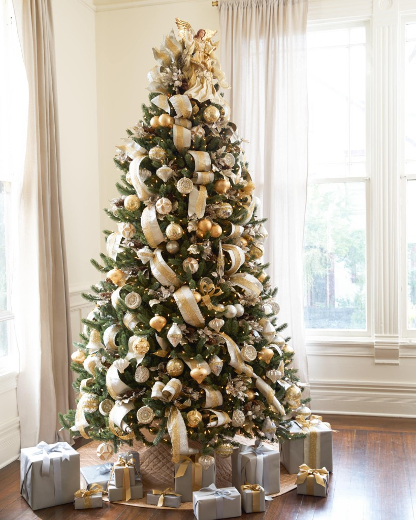 decorated christmas trees 15