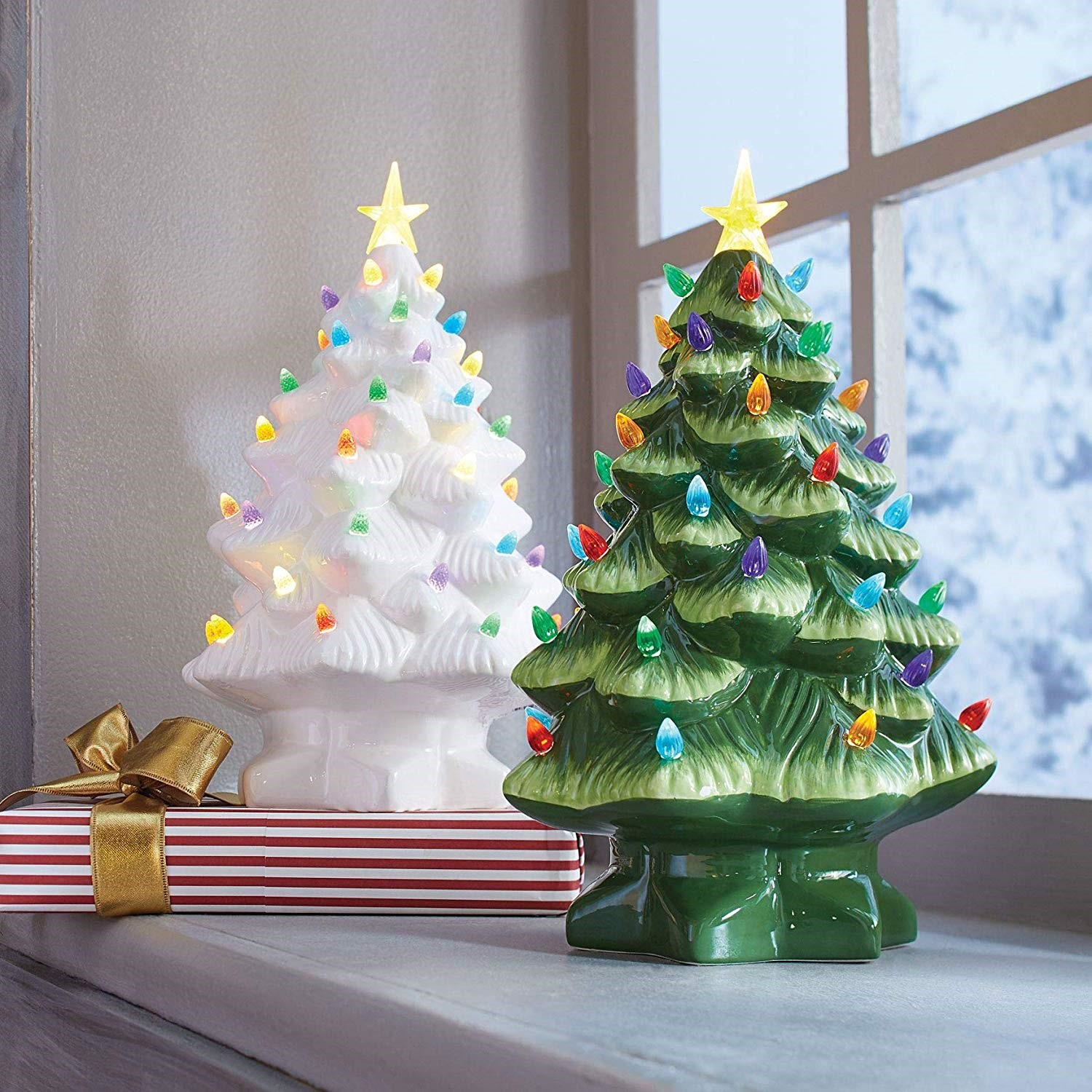 decorated christmas trees 200