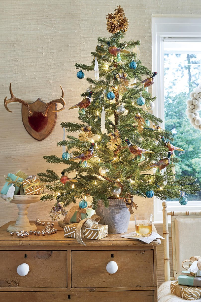decorated christmas trees 43