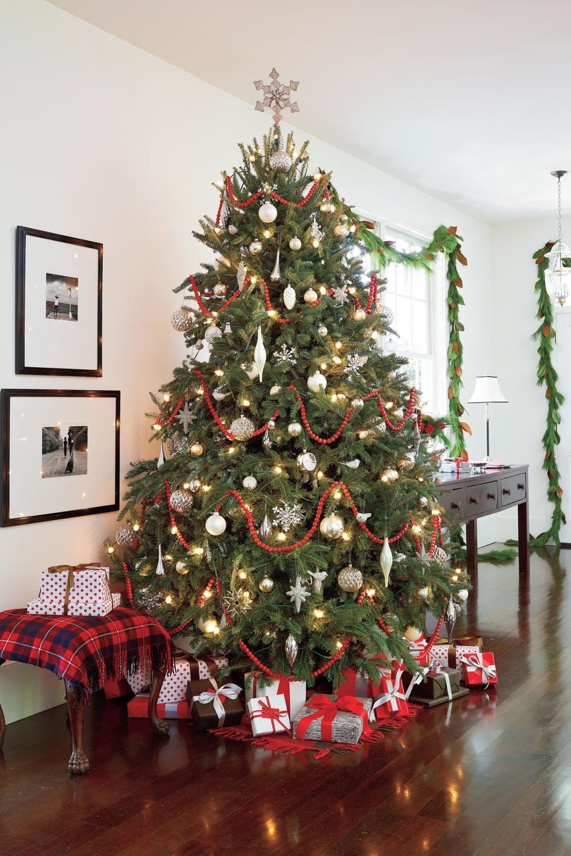 decorated christmas trees 51